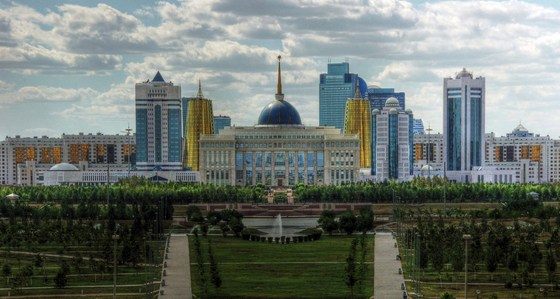 Political economy of reforms in authoritarian transition economies – A comparative study of Kazakhstan and Uzbekistan