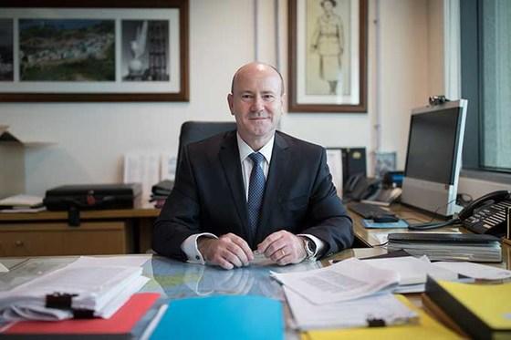Secretary of defence greg moriarty