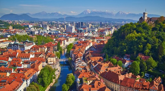 Slovenia - at the Crossroads of Europe